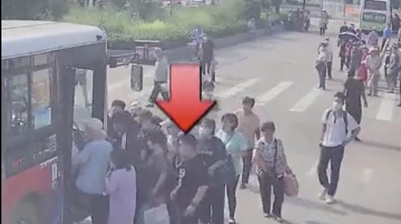唐山市公安局公交分局发出最新提示
